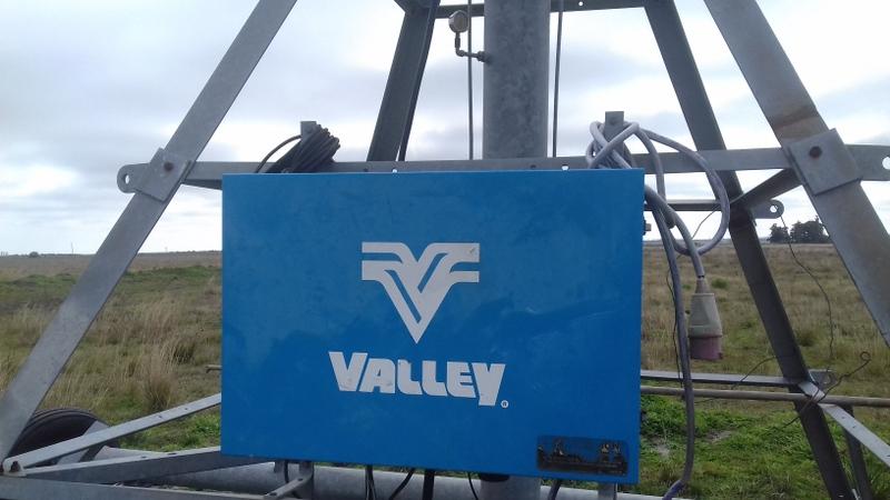 2015. Compramos un Pivot central de riego Valley para 90 has totales bajo riego